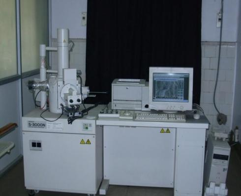 Scanning Electron Microscope (SEM) alongwith Energy Dispersive Spectroscopy (EDS)