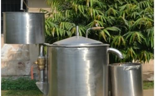 design and development of roof top biogas plant on solid state fermentation using kitchen waste